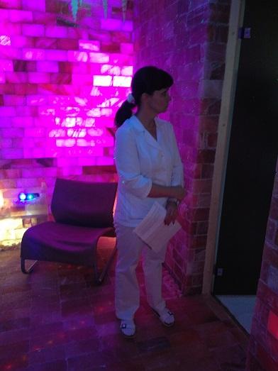 Соляная комната из соляных кирпичей,места для пациентов